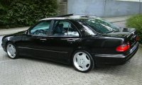 E Class W210 Saloon with 18