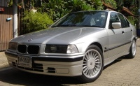 3 Series E36 Saloon with 17