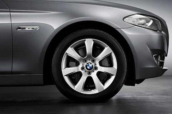 "BMW alloy wheels | Genuine new 18"" BMW 330 | fits BMW 5 Series F10 | Alloy"